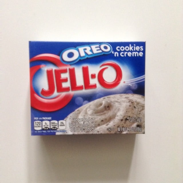 Jell-o Oreo Cookies 'n Creme from Auntie Ammie's American Candy store UK